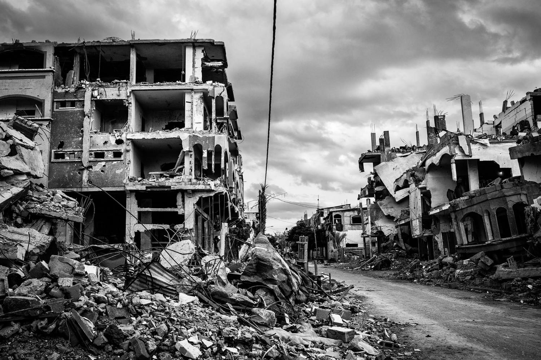 GAZA, Beit Hanoun: quartier de Beit Hanoun, nord de Gaza, détruit par les bombardements israéliens. A gauche, la maison de la famille Abu Ouda partiellement détruite lors de la guerre de l'été 2014.